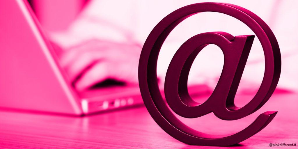 mail-blog-pensiero-differente-pink-different_